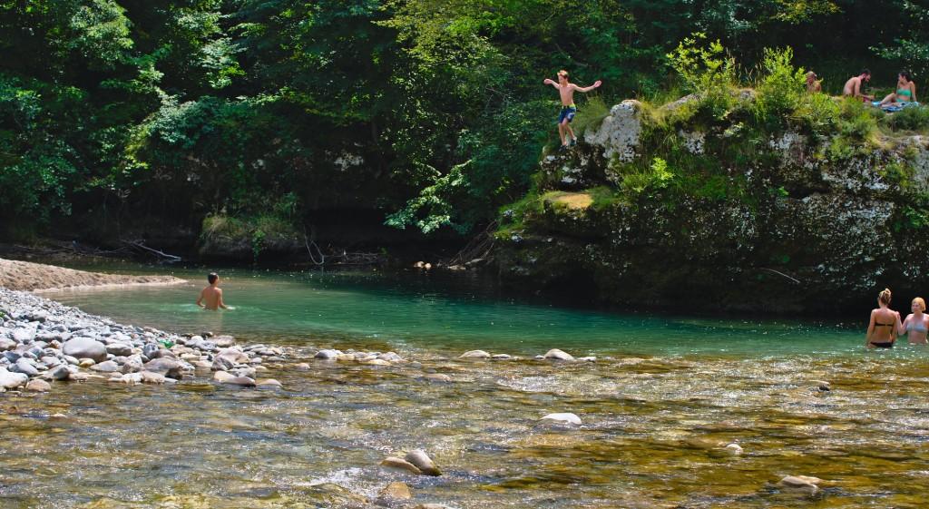 Bagno nel fiume Natisone