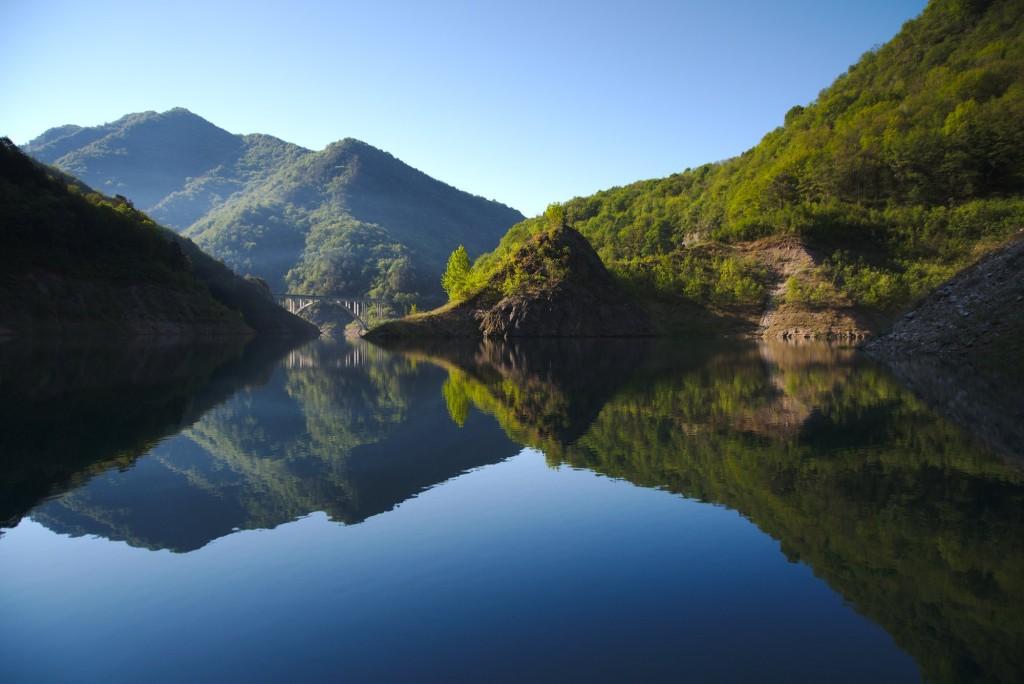 Lo specchio/Lago della Valvestino