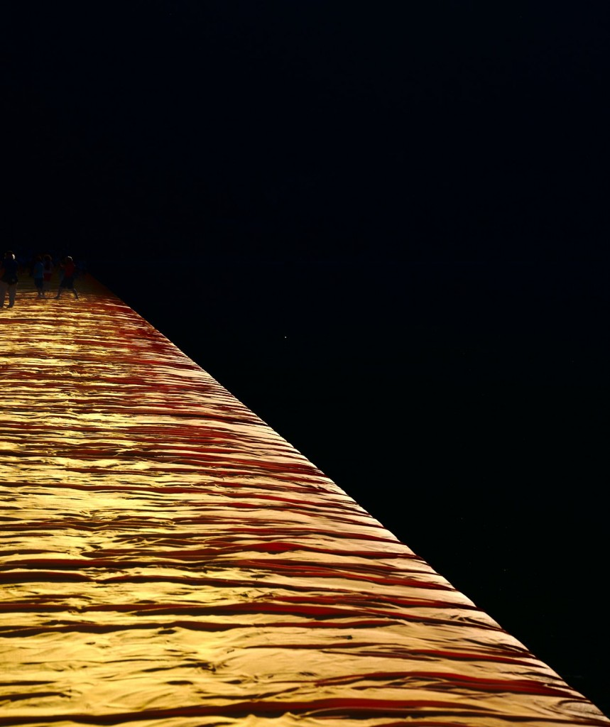Sun/Shade floating piers