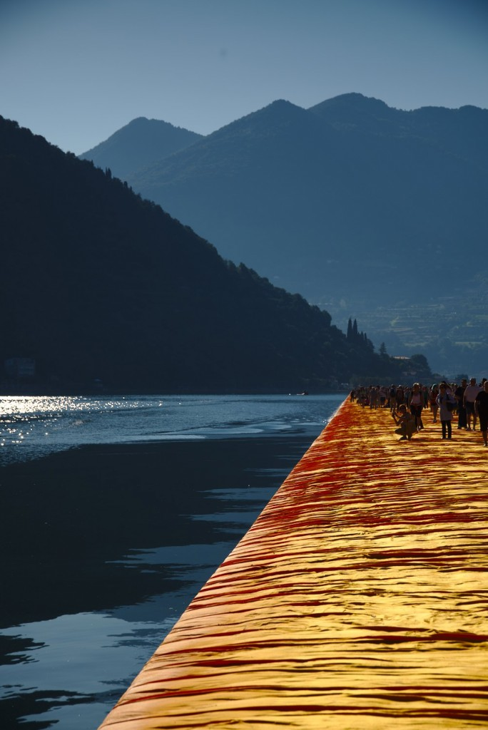 Beautiful first light on the lake and the floating piers