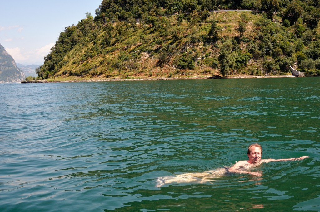 Wild Swimming at the floating piers